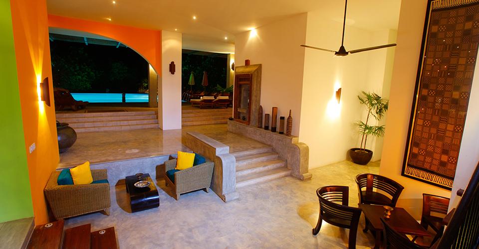 Lobby Adithya Hotel in Sri Lanka