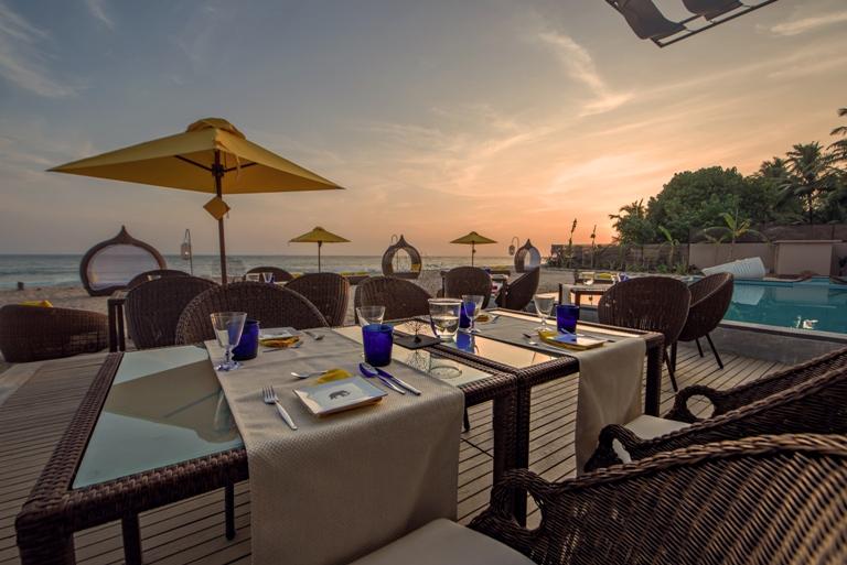 Restaurant View Casa Mirissa Hotel