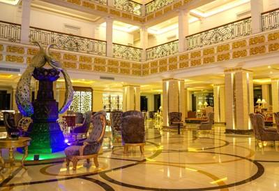 Grand Kandyan Hotel