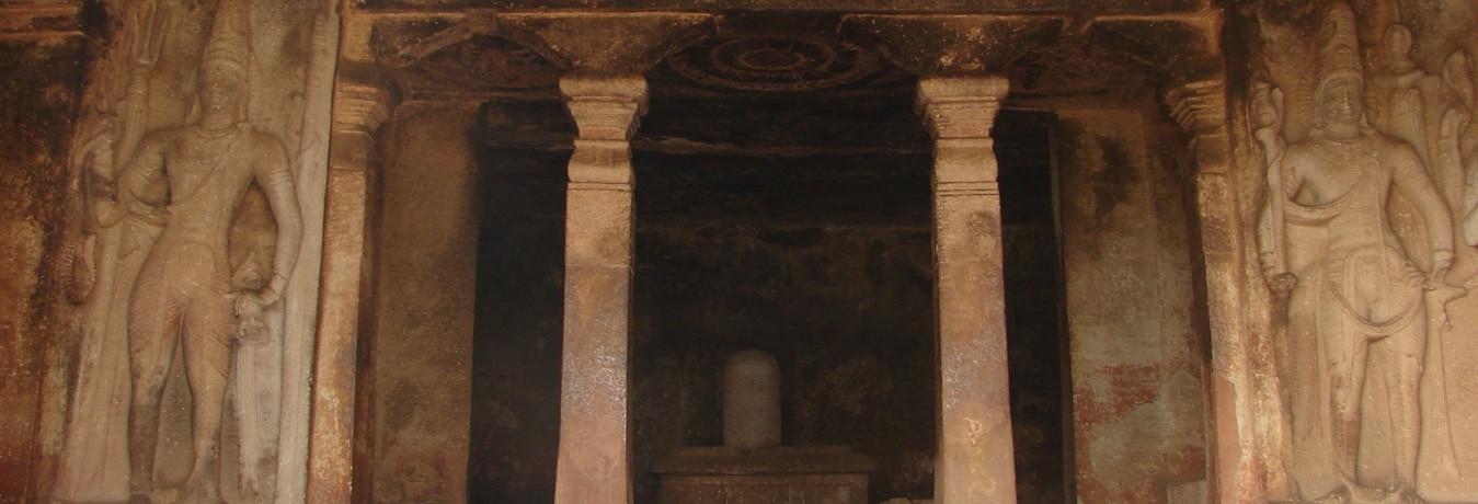 Ravana padhi cave temple