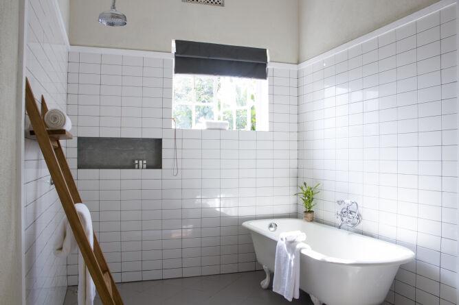 Bathroom View at Nine Skies in Ella