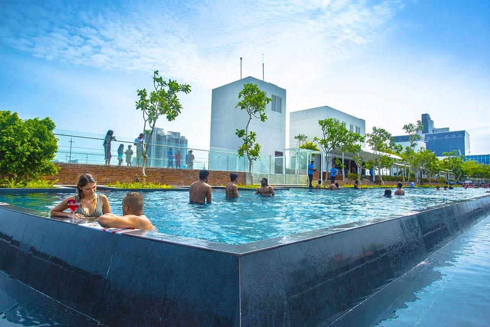 Marino-Beach-Hotel-01