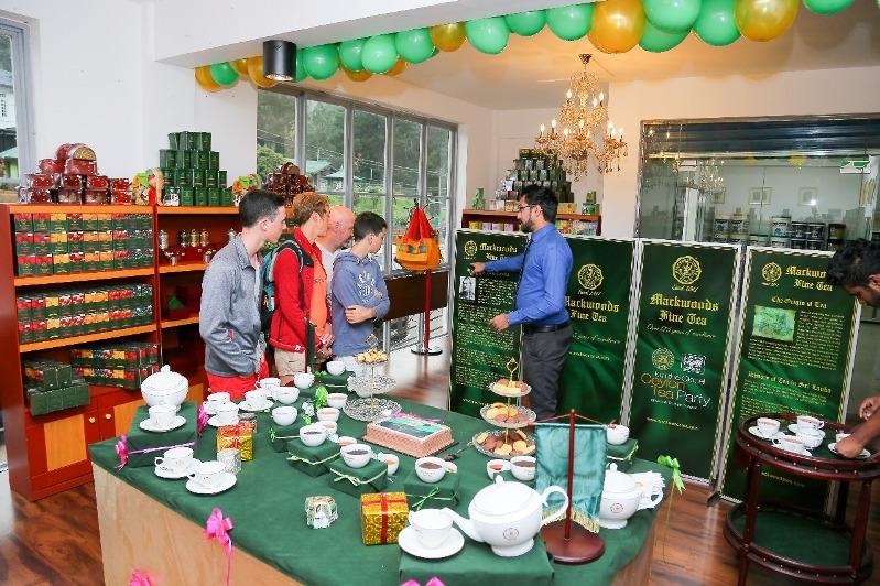 Mackwoods Tea Sign Nuwara Eliya