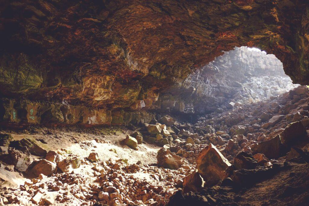 Andirilena cave